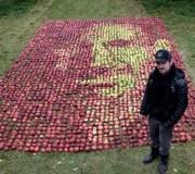 Un Steve Jobs tout de pomme ! …
